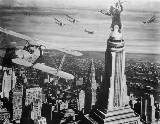 http://marketingmasterinsights.com/input/wp-content/uploads/2011/01/king_kong_empire_state_building_planes550.jpg